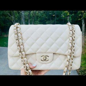❤️ Chanel jumbo classic double flap bag authentic